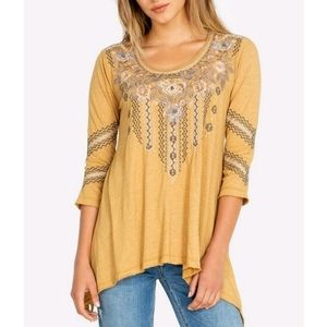 Johnny Was Embroidered 3/4 Sleeve Slit Tunic Top